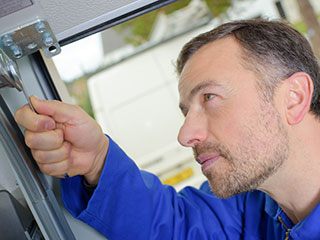 Door Maintenance Check List | Garage Door Repair Apopka, FL